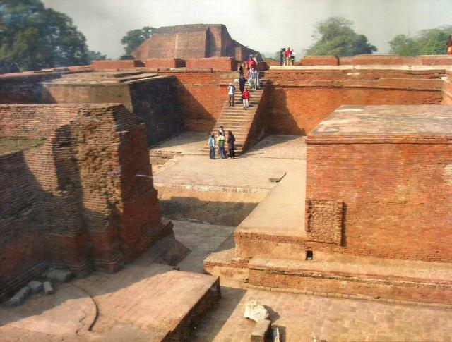 Grupo en Nalanda