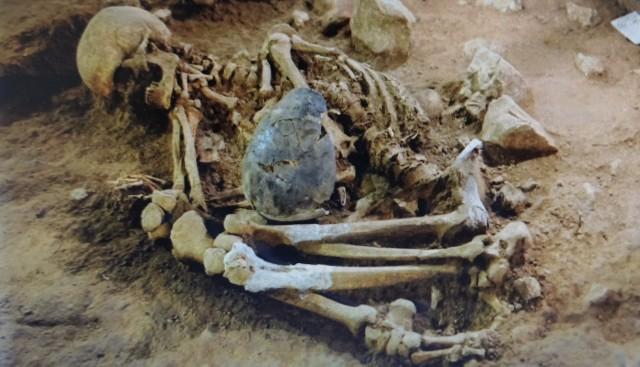 esqueleto neolítico Begues